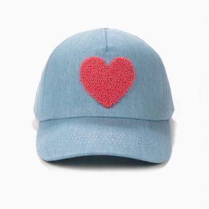 Gorra para niña corazón